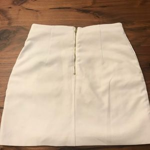 Skirts - H&M skirt size 8, fits like a 4